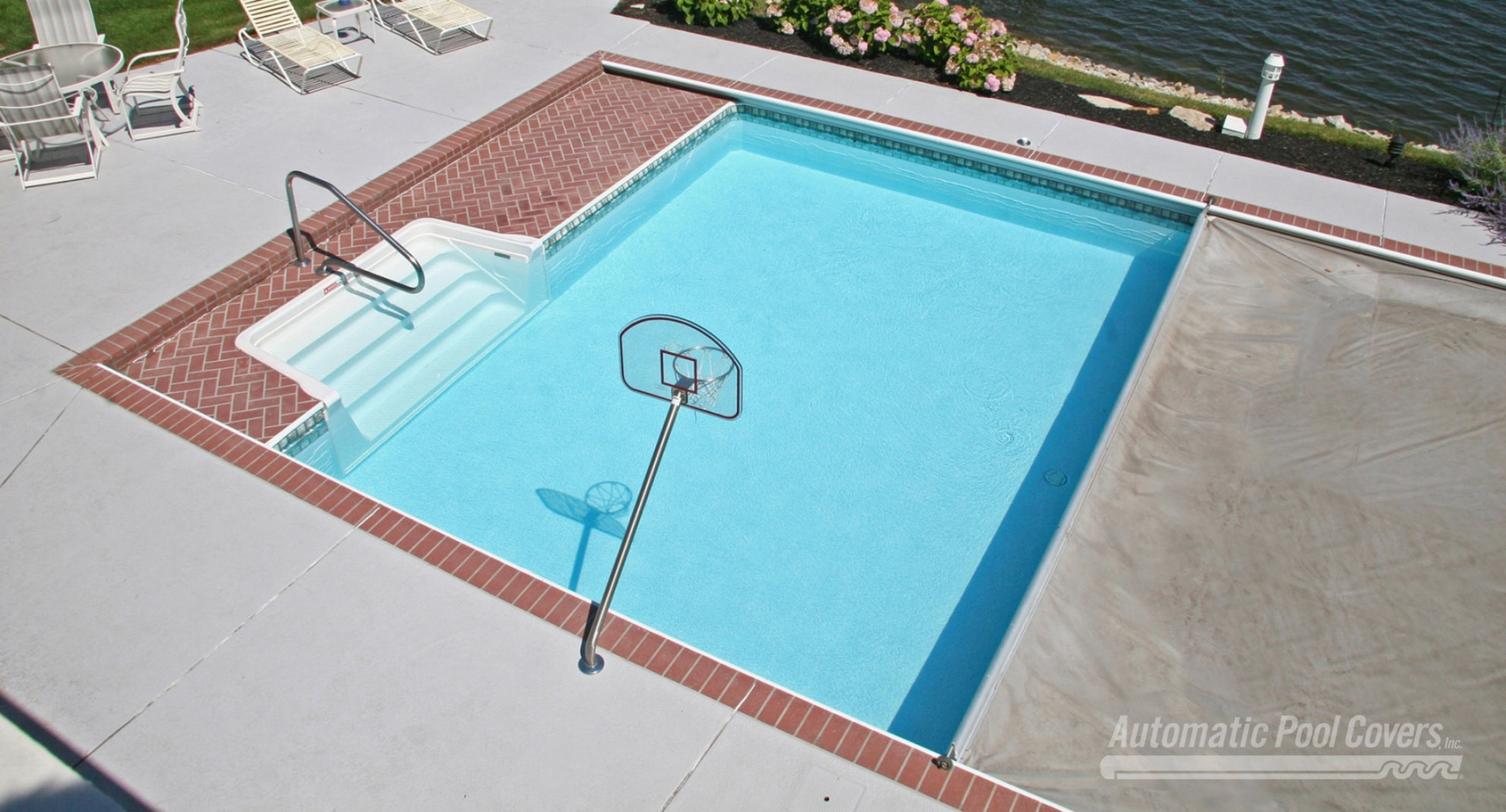 29 Covering A Swimming Pool With Decking Decor23